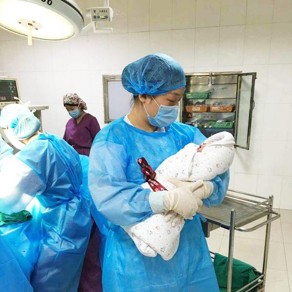 平顶山市第二人民医院宝丰分院妇产科始建于1969年,是以妇科,产科